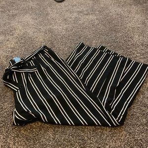 NWT Torrid Wide Leg Pants